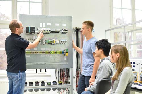 Industriemeister Elektrotechnik IHK